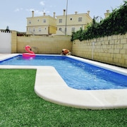 Lovely Villa With Private Swimming Pool