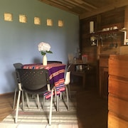 Cabañita El Cedro - Rustic and Comfortable 200 Meters From the Main Road - Volcan