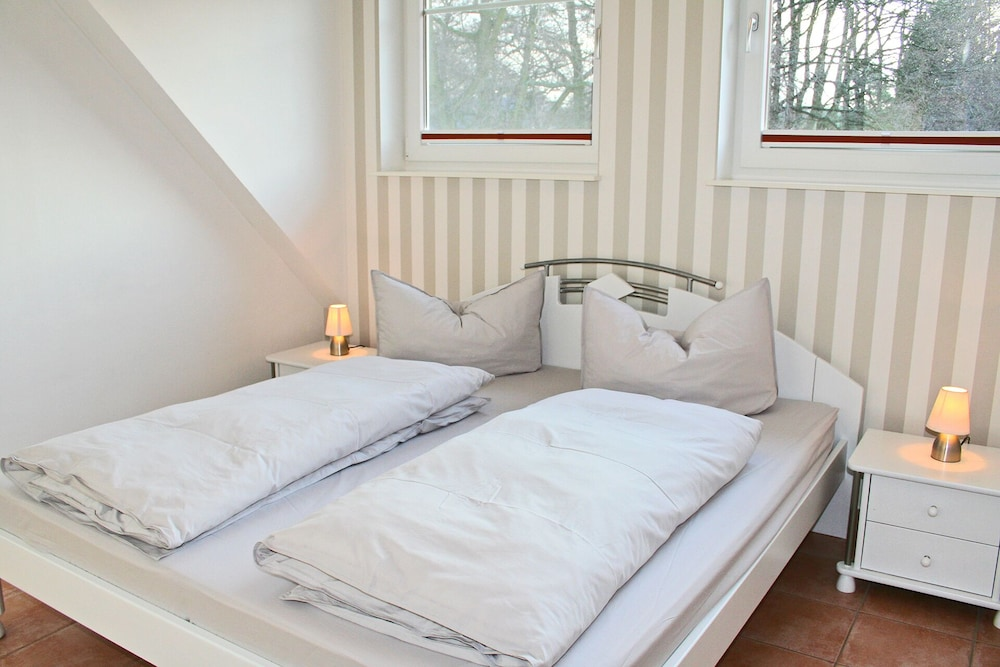Holiday Home in Prerow/darß With Fireplace, Sauna & Whirlpool, 3 ...