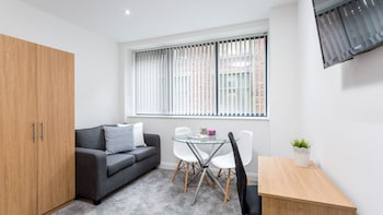 Central Manchester New Studio Apartment
