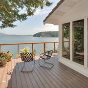 Waterfront Home on Lopez Island Mooring Buoy Available