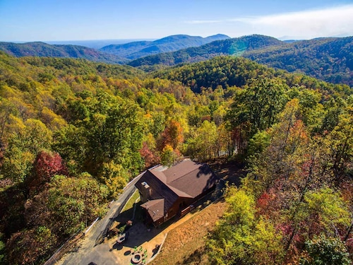 Check Expedia for Availability of Breathtaking Sunrise Mountain Views at Dancing Bears Cabin