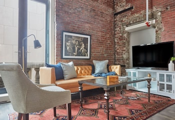 Vintage 4BR in Downtown Crossing by Sonder