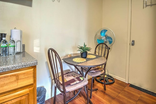 New! Cozy Bronx Apartment Near Public Transit!