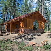 New! Private Mancos Studio Cabin on 80 Acres!