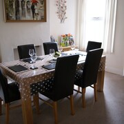 Cosy Norwich Home, Longing to be Booked!