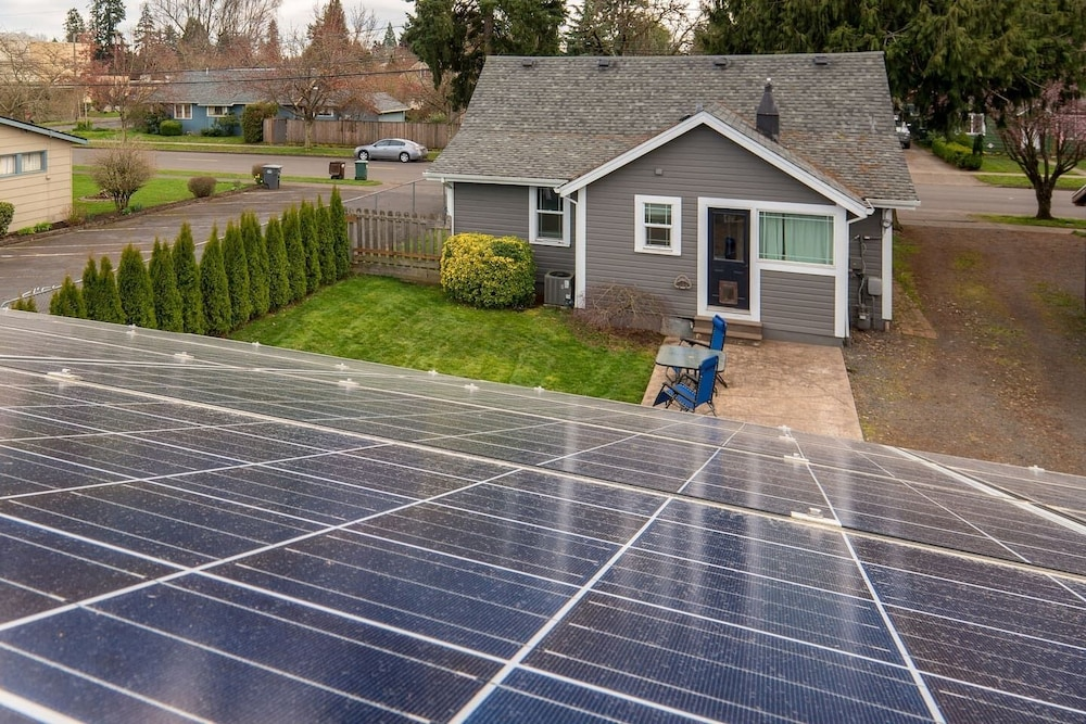 , Solar Powered Classic House Perfect for Visiting the Northwest