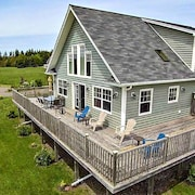 Popular XL Home in the Heart of PEI Attractions