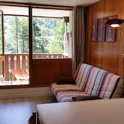 Isola 2000: Beautiful 2 Rooms Entirely Renovated, at the Foot of the Slopes, 5 Pers