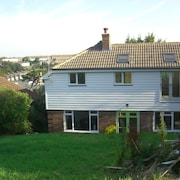 Large Detached House Near Town Centre, Country Park and Clifftops