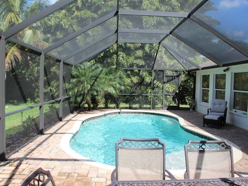 Great Place to stay Beautiful Home With Salt Water Pool.minutes From Famous Shopping & Dining near Estero
