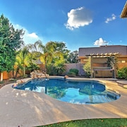 3BR Mesa House w/ Pool, Hot Tub & Fire Pit!