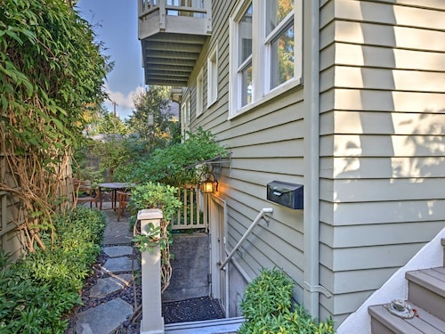 Great Place to stay New! 1BR Seattle Apt - Steps to Arboretum! near Seattle