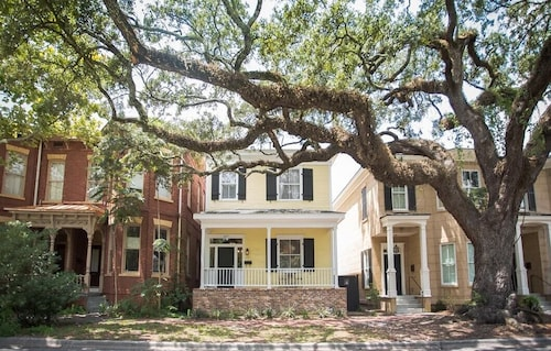 Great Place to stay Stay Local in Savannah: Historic 3 Bedroom Home on Oak Shaded Tattnall St near Savannah