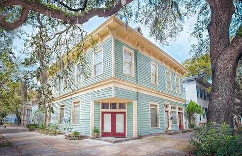 Great Place to stay Stay Local in Savannah: 6 Bedrooms, 4 Baths, 2 Kitchens & 2 Living Rooms! near Savannah