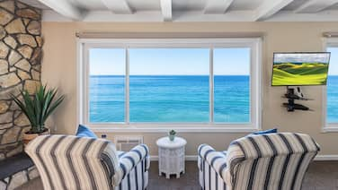 Oceanfront Unit in Oceanside, CA, Designer Decorated & A/C Equipped