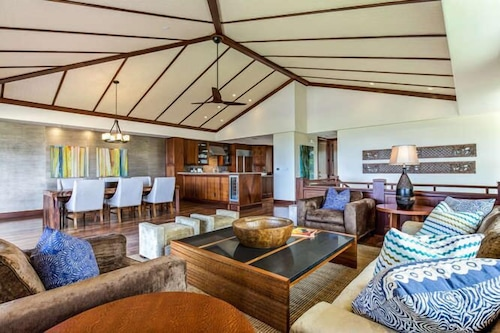 3 Bedroom Oceanview Townhome at Four Seasons Hualalai