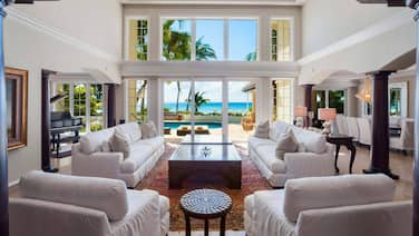 Coconut Walk: Luxe Seven Mile Beach Estate W/private Barefoot Beachfront, Pool, & Media Den