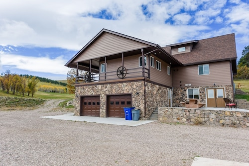 Check Expedia for Availability of Exquisite 4BR Sanctuary on 8 Acres w/ Hot Tub - 1 Mile From Deadwood