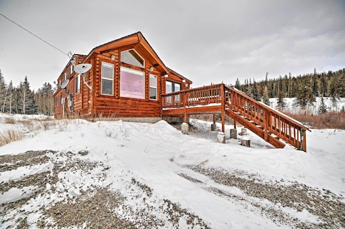 Serene 2BR Fairplay Cabin w/ Spacious Deck!