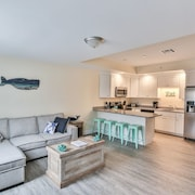 Luxury 3-bed 3-bath Beach Condo Steps From the Water