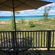 Homestead-glen Arbor-lake Michigan- Minutes to Dunes/heritage Trail