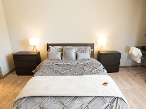 Great Place to stay House 09 - Luxury The Woodlands B01 near Woodlands