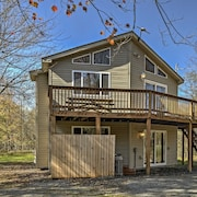 New! 5BR Blakeslee Home w/ Access to Beach & Pier!