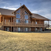 New! 3BR +loft Bryce Canyon Home on Sevier River