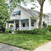 New! Elegant 4BR Belmar Home - 3 Blocks to Beach!