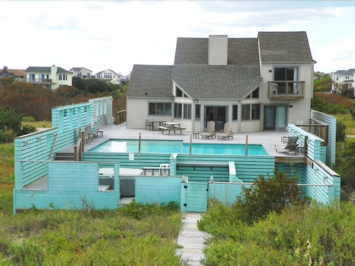 Luxurious Oceanfront With 4 Brs, Private Pool, Hot Tub, Direct Beach Access