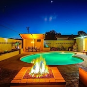 Diamond Oldtown Scottsdale 5 Bdrm Estate W/heated Pool-spa Resort Yard w/2 Cabanas-spa-billiards