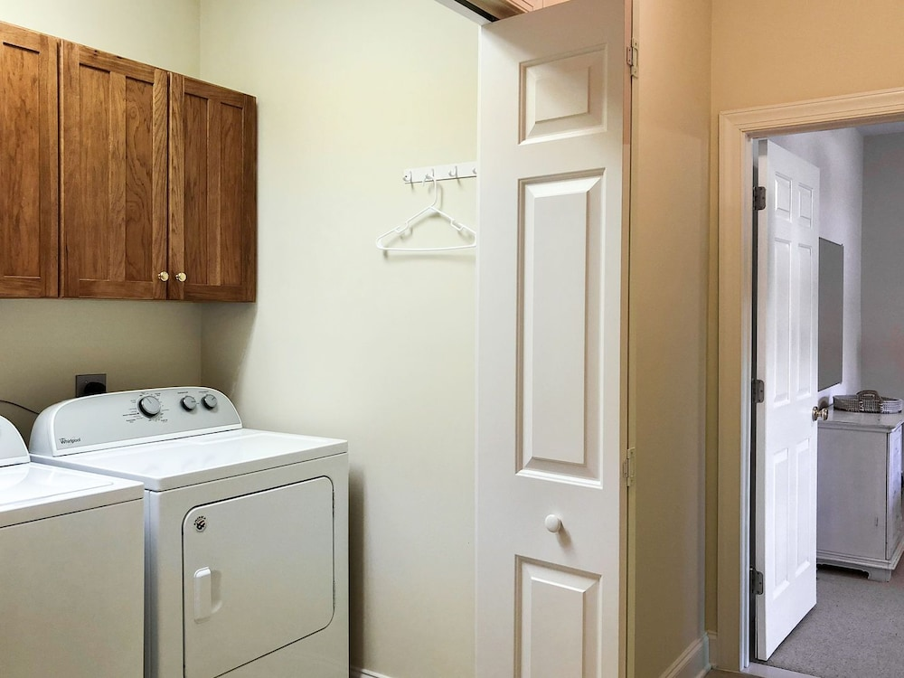 Laundry Room, Lake Walk - Mr. Lake Lure Vacation Rentals