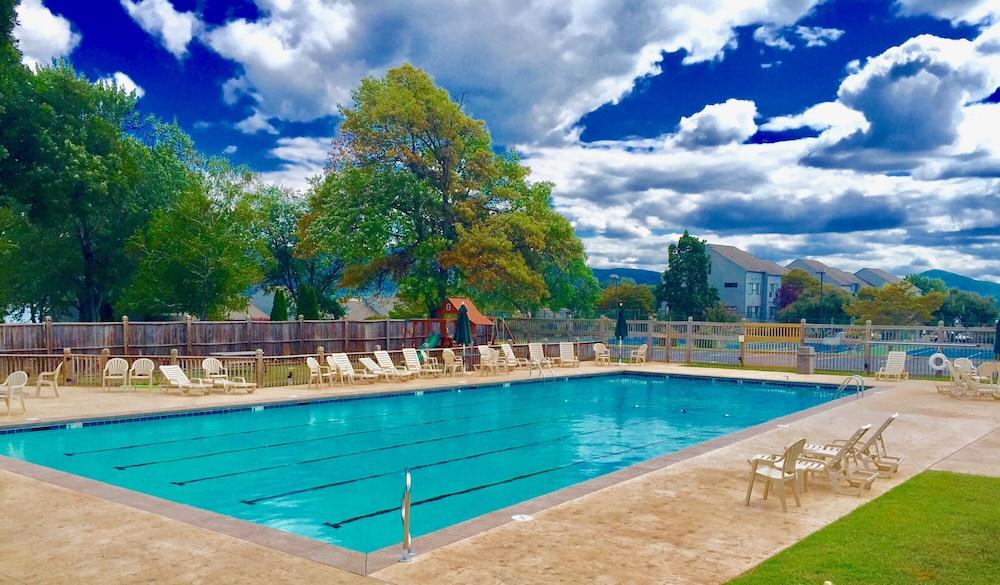 Bernards Landing Resort Smith Mountain Lake Vacation Rentals