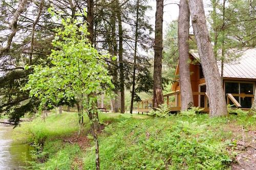Cannon River Ranch Cabin 2: 3 BR Cabin- Fish, Kayak, Canoe the PM!