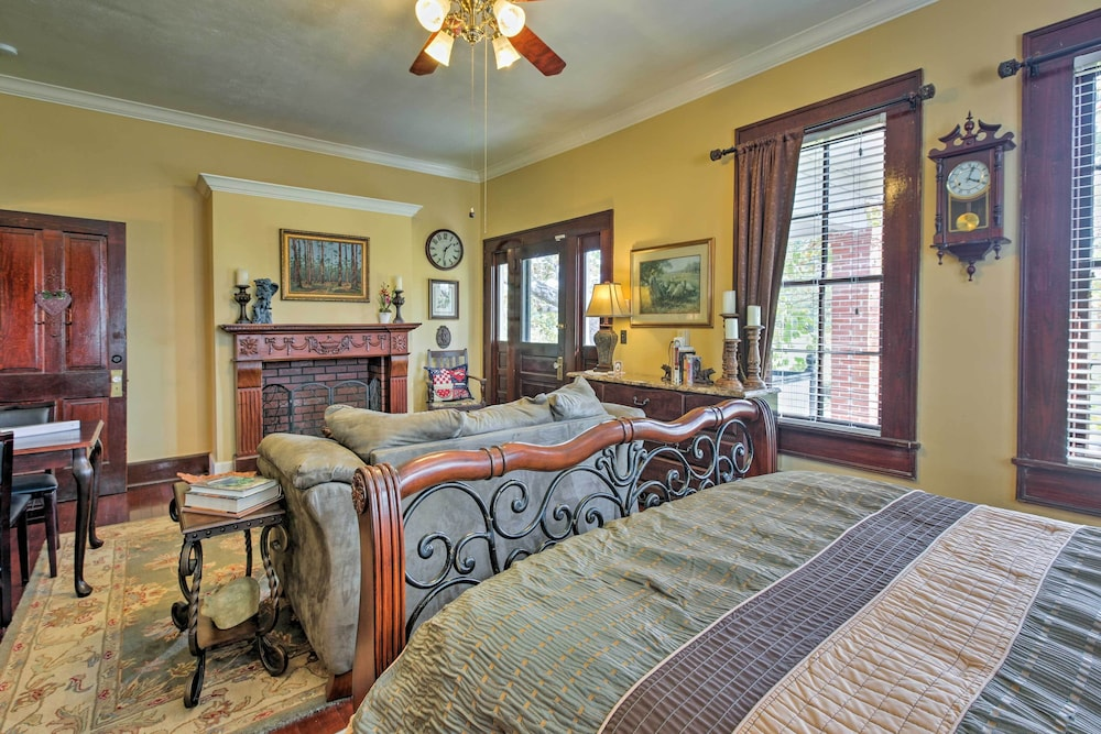 New 4br Huntington House On 1000 Acres W Pond In Nacogdoches