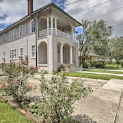 Spacious New Orleans Apt w/ Porch in River Bend!