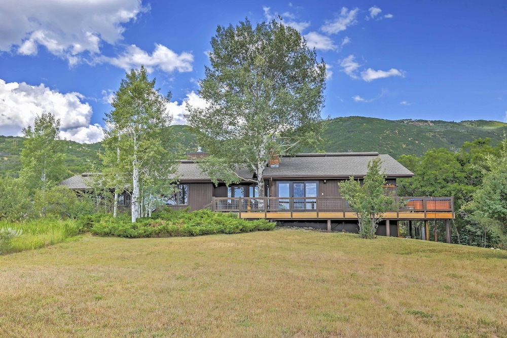 , Private Steamboat Springs Home W/hot Tub+mtn Views