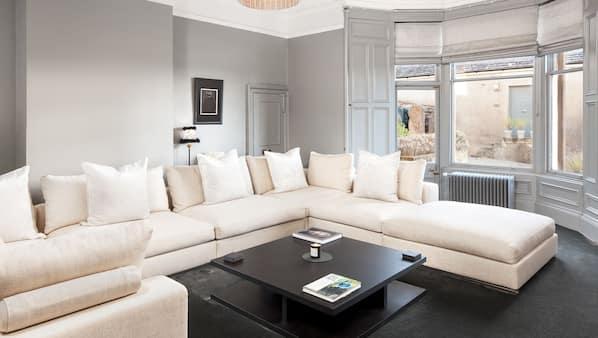 11 bedrooms, Internet