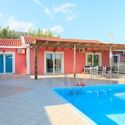 Villa Cherry - Villa With Wifi, A/c, Close To Beach, BBQ & Private Pool
