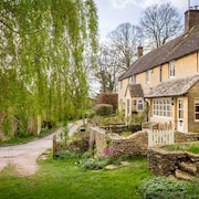 Willow Cottage is a Stunning Luxury Cottage, Built From Cotswold Stone in a Lovely Hamlet