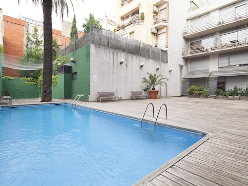 Last Minute Offer: Duplex IN THE City Centre IN THE Putxet With Pool FOR 6