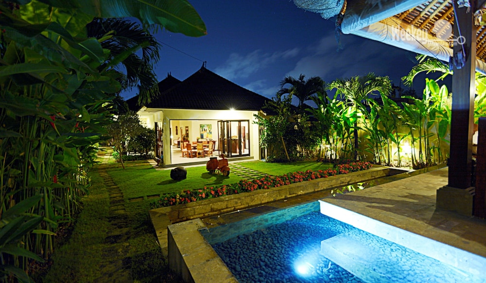 Bali Wonderful Balinese Decor Villa With Private Swimming Pool In