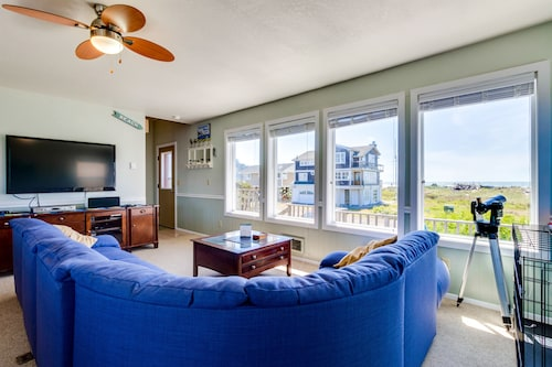 Check Expedia for Availability of Dog-friendly Waterfront Home With Sauna, Kayaks & Beach Chairs