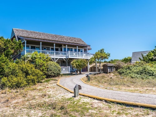 Dune Cottage new for 2018 Offers Ocean Views From Mid-dune Location!