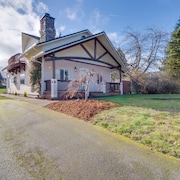 Dog-friendly Port Angeles Home With Lovely Gardens - Near Downtown