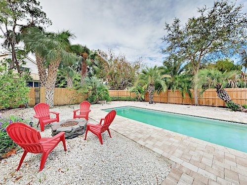 Check Expedia for Availability of 2BR w/ Pool & Screened Patio Walk to Indian Rocks Beach