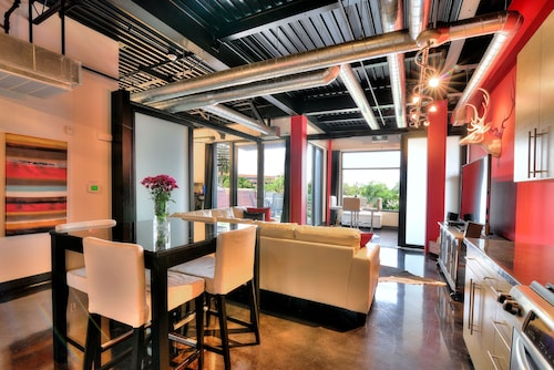 Check Expedia for Availability of Heart of Old Town Scottsdale / Sleeps 4 / 360 Degree Private Roof Deck!