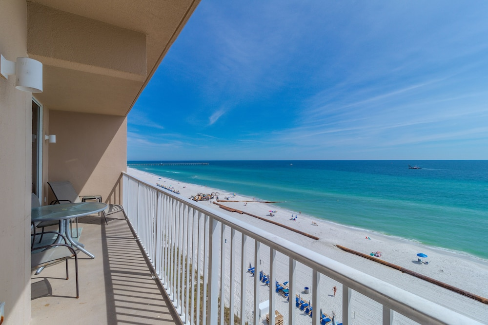 Gulf Front 6th Floor Condo Sleeps 6 Multiple Pools In