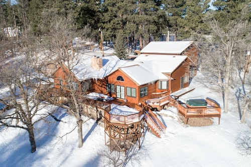 Great Place to stay Private, Secluded Location on 14 Acres - Easy Access to Surrounding Sites near Deadwood